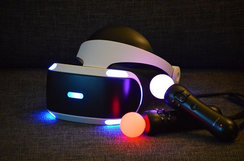 PS VR headset and controllers.JPG